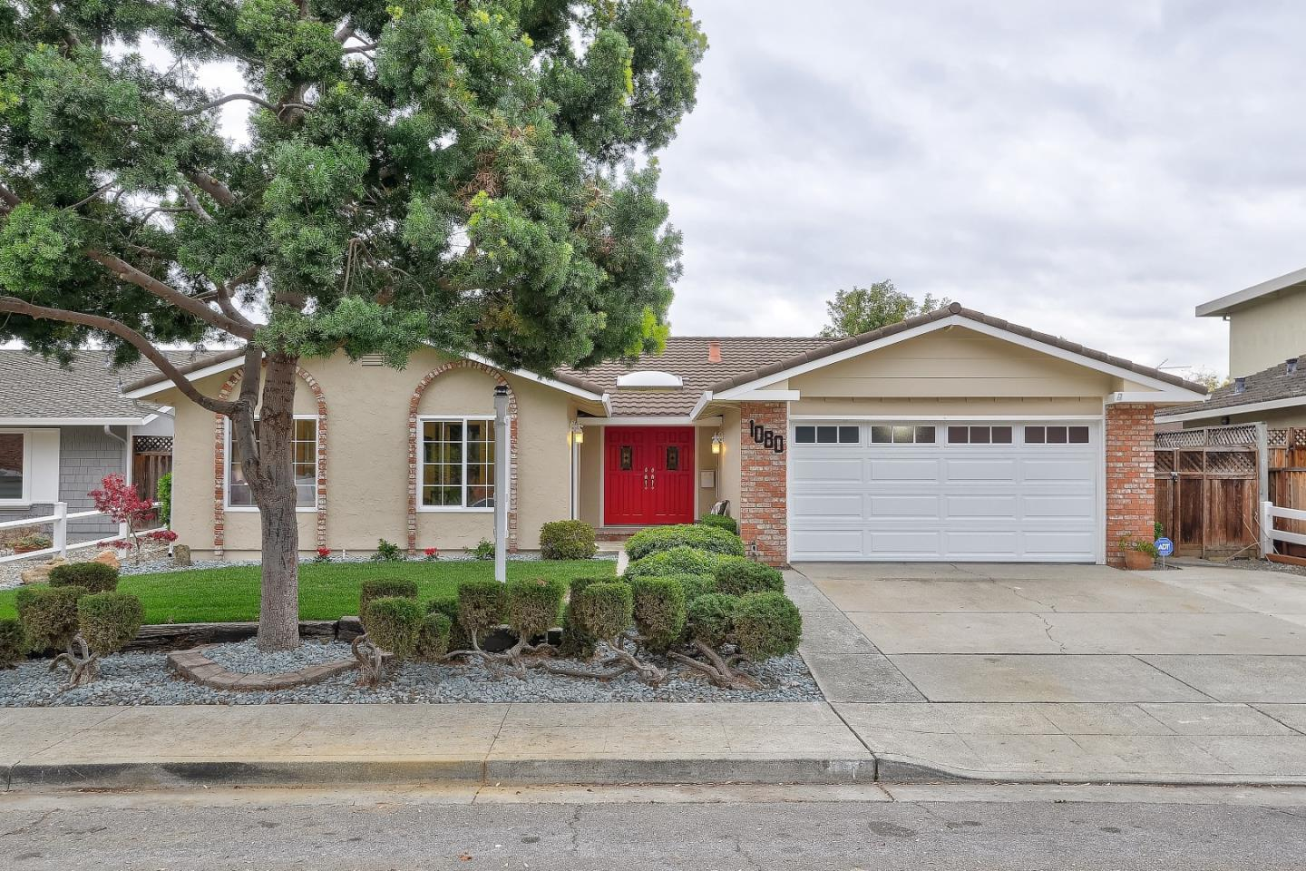 Detail Gallery Image 1 of 1 For 1080 Clematis Dr, Sunnyvale,  CA 94086 - 4 Beds   2 Baths