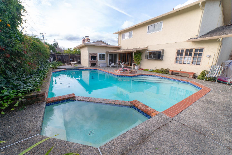 1584 BALLANTREE Way San Jose, CA 95118 - MLS #: ML81734616