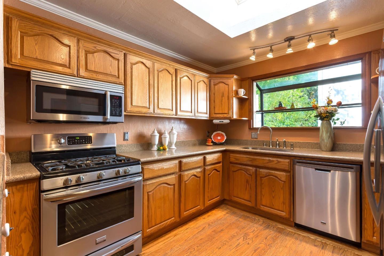 757 Lakeview Way Redwood City, CA 94062 - MLS #: ML81735048